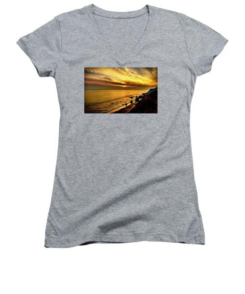 El Matador Beach Sunset Women's V-Neck