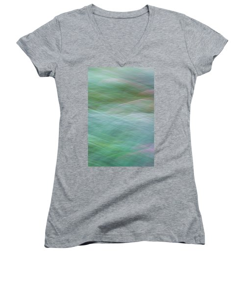 Grasses Women's V-Neck