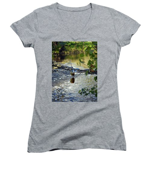 Gypcy River Women's V-Neck