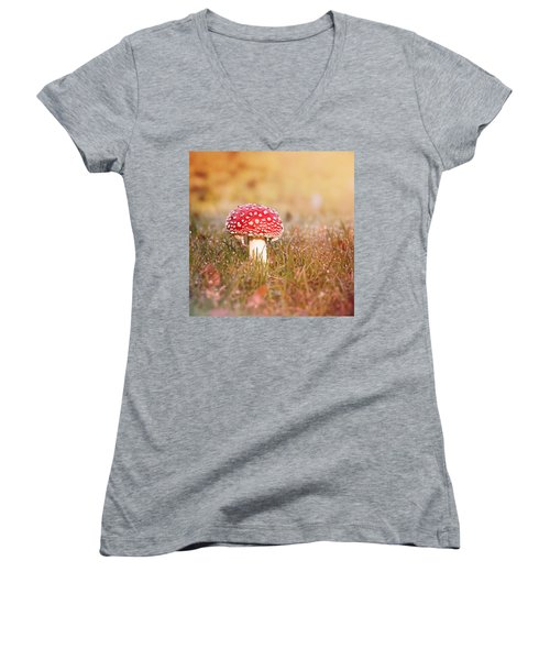 I Know The Place Women's V-Neck