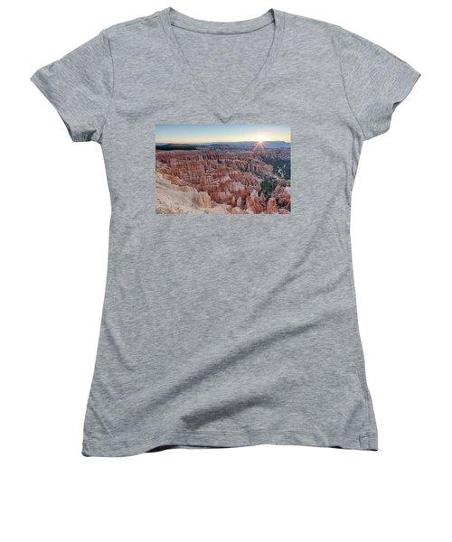 Inspiration Point Sunrise Bryce Canyon National Park Summer Solstice Women's V-Neck