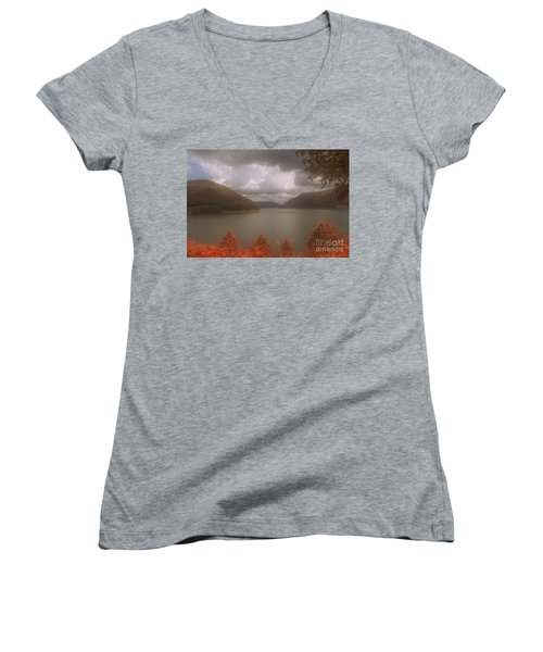 Kinzua Lake Women's V-Neck