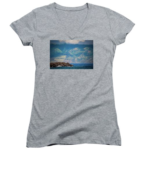 Maui Fisherman Women's V-Neck
