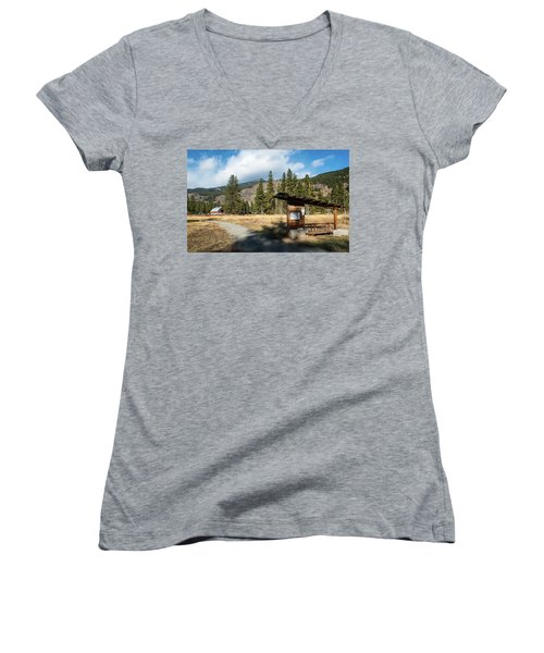 Mazama Barn Trail And Bench Women's V-Neck