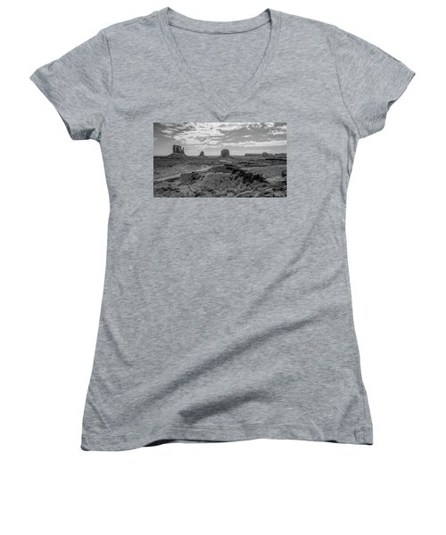 Monument Valley View Women's V-Neck