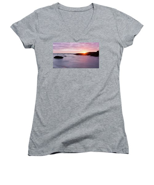 Morning Sun Good Harbor Women's V-Neck
