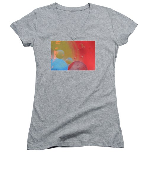 Oil And Color Women's V-Neck