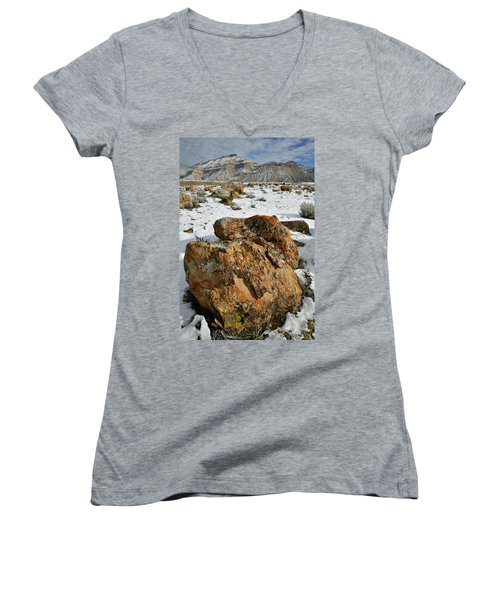 Ornate Colorful Boulders In The Book Cliffs Women's V-Neck