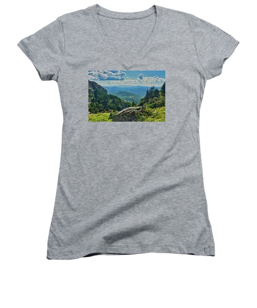 Parkway Overlook Women's V-Neck