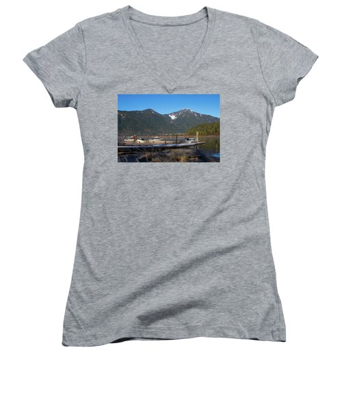 Pitt Lake Winterimpression Women's V-Neck