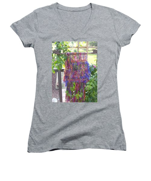 Purple Weaving Women's V-Neck