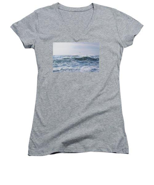 Reynisfjara Seagull Over Crashing Waves Women's V-Neck