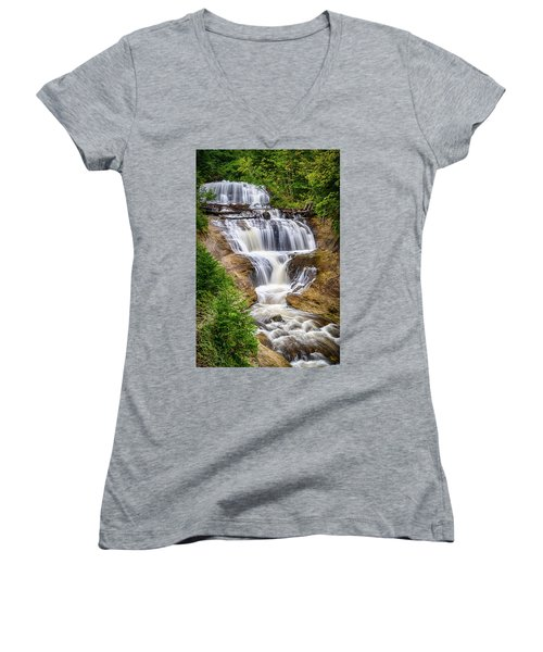Sable Falls Women's V-Neck