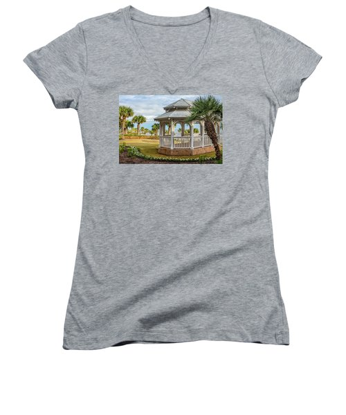 San Luis Gazebo Women's V-Neck