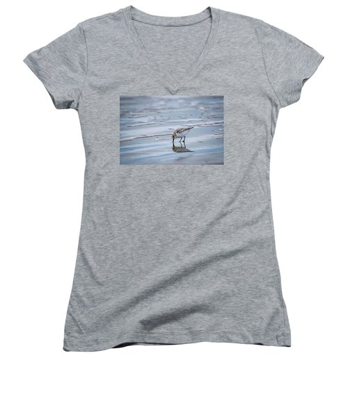 Sanderling Foraging Women's V-Neck