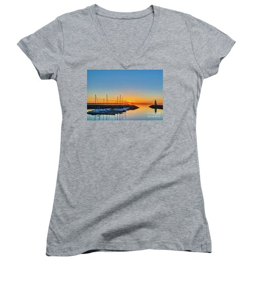 Sleeping Yachts Women's V-Neck