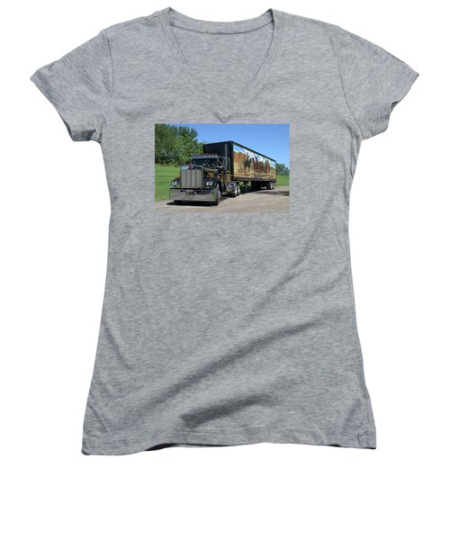 Smokey And The Bandit Tribute Kenworth W900 Black And Gold Semi Truck Women's V-Neck
