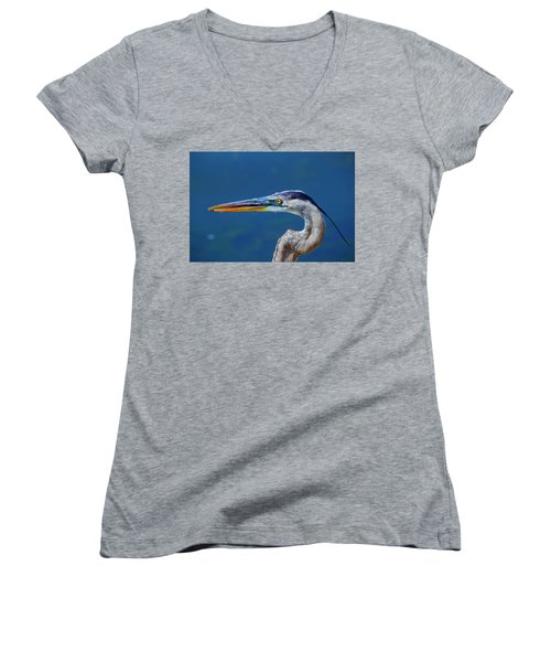 Women's V-Neck featuring the photograph The Headshot by Kevin Banker