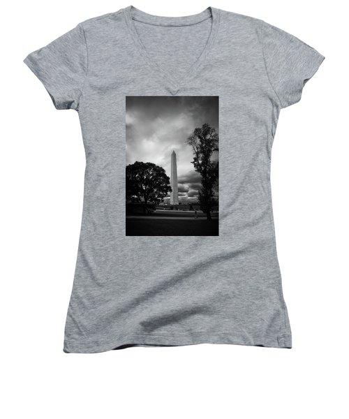The Washington Monument Women's V-Neck