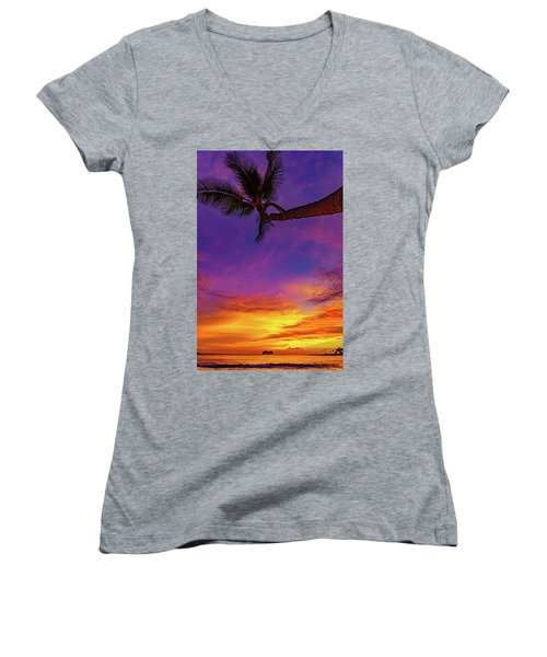 Vibrant Kona Inn Sunset Women's V-Neck