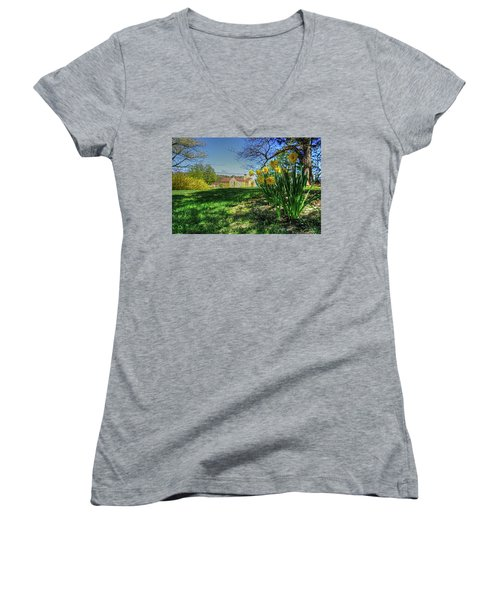 Wentworth Daffodils Women's V-Neck