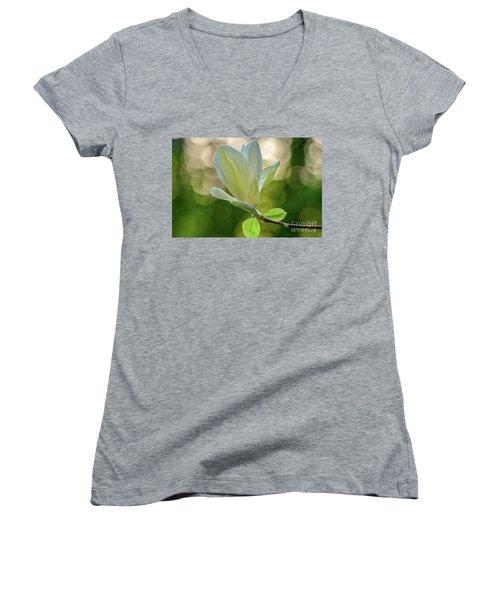 White Magnolia Women's V-Neck