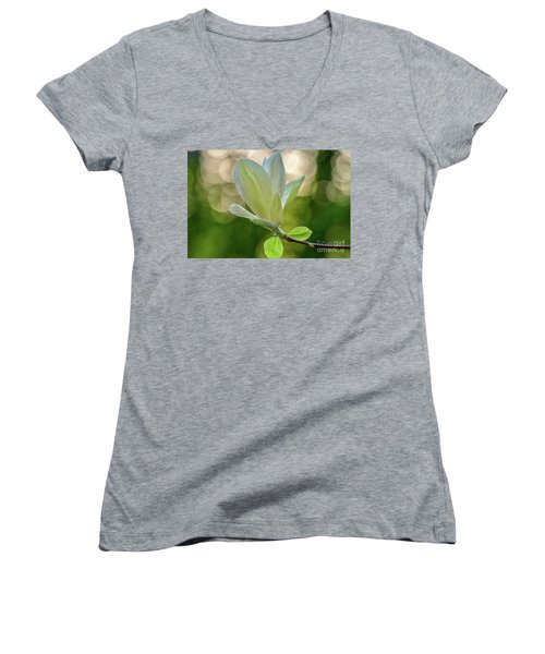 White Magnolia Women's V-Neck