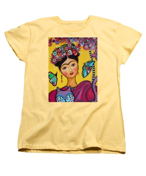 Frida Kahlo And Her Cat Women's T-Shirt (Standard Cut) by Pristine Cartera Turkus