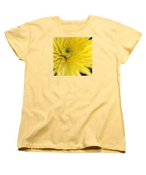 Lemon Mum Women's T-Shirt (Standard Cut)