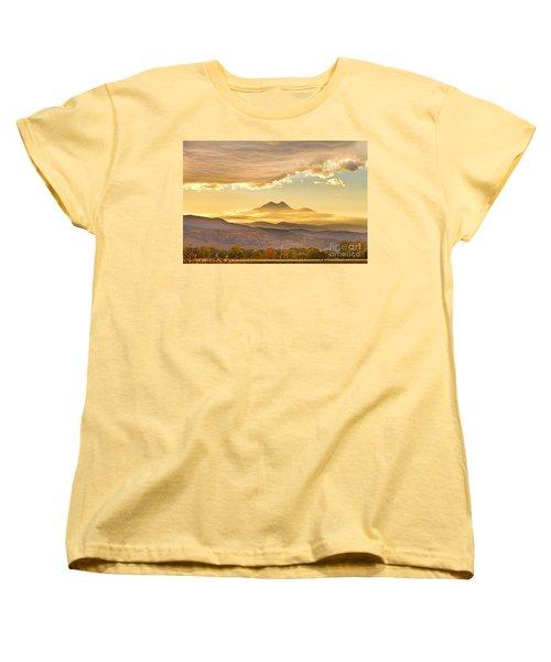 Longs Peak Autumn Sunset Women's T-Shirt (Standard Cut) by James BO  Insogna