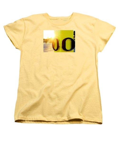 Uo 6 Women's T-Shirt (Standard Cut) by Michael Cross