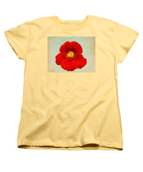 Women's T-Shirt (Standard Cut) featuring the photograph Daylily On Texture by Bill Barber