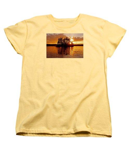 Women's T-Shirt (Standard Cut) featuring the photograph Clarity Of Spirit by Lynda Lehmann
