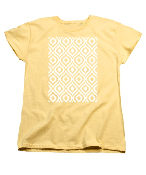 Circle And Oval Ikat In White N05-p0100 Women's T-Shirt (Standard Fit)