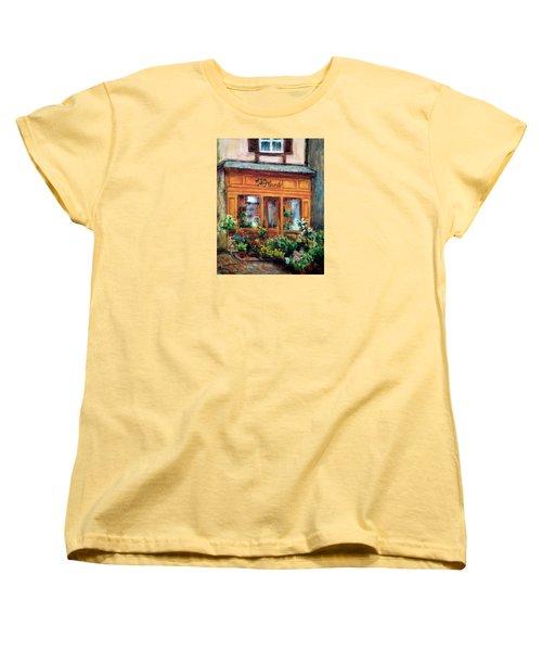 Fleurs Women's T-Shirt (Standard Cut) by Jill Musser