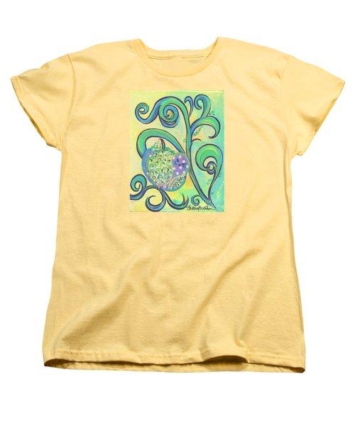 Greenbriar Birdy Women's T-Shirt (Standard Cut) by Shelley Overton