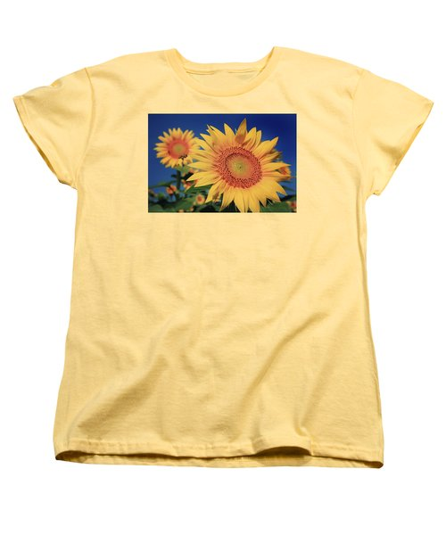 Women's T-Shirt (Standard Cut) featuring the photograph Heading For Gold by Chris Berry