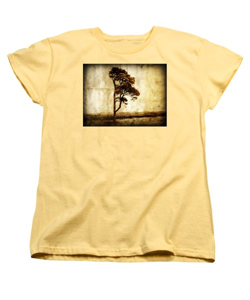 Lone Tree Women's T-Shirt (Standard Cut) by Julie Hamilton