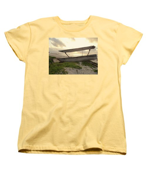 Sun Rays And Wooden Dhows Women's T-Shirt (Standard Fit)