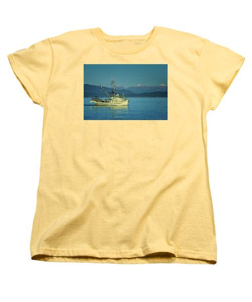 Women's T-Shirt (Standard Cut) featuring the photograph Western King At French Creek by Randy Hall
