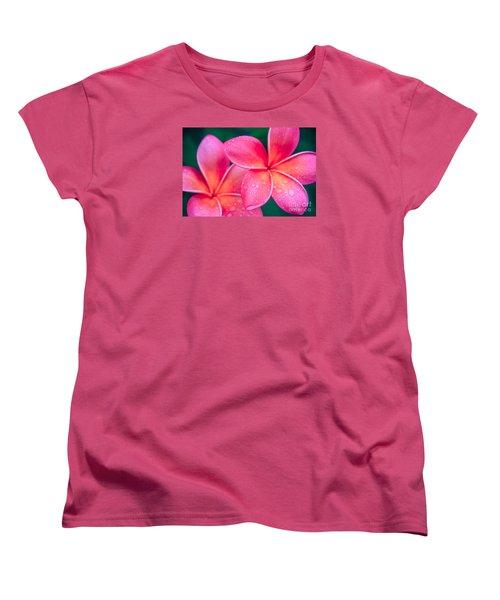 Aloha Hawaii Kalama O Nei Pink Tropical Plumeria Women's T-Shirt (Standard Cut)