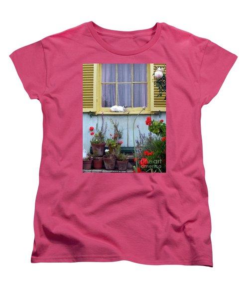 Catnap Women's T-Shirt (Standard Cut) by Barbie Corbett-Newmin