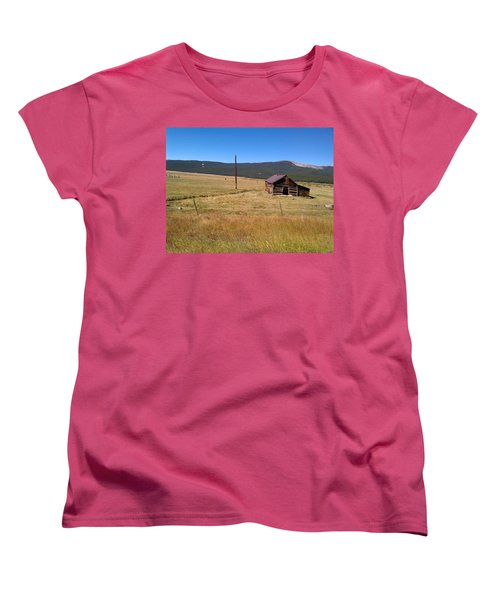 Women's T-Shirt (Standard Cut) featuring the photograph Deserted Cabin by Fortunate Findings Shirley Dickerson