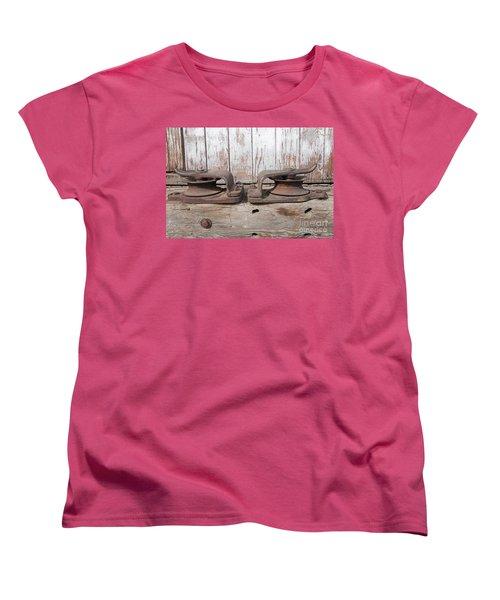 Women's T-Shirt (Standard Cut) featuring the photograph Double Pully by Minnie Lippiatt