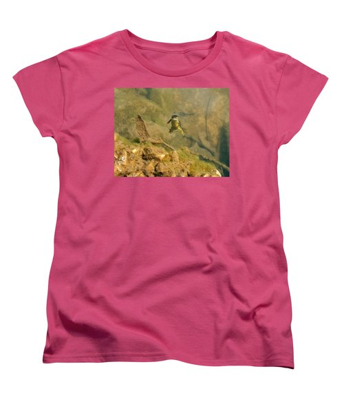 Eastern Newt In A Shallow Pool Of Water Women's T-Shirt (Standard Cut) by Chris Flees