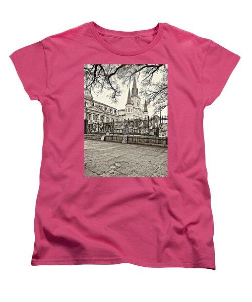 Jackson Square Winter Sepia Women's T-Shirt (Standard Cut) by Steve Harrington