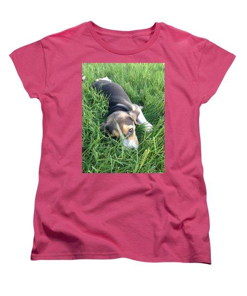 Milo Women's T-Shirt (Standard Cut) by Julio Lopez