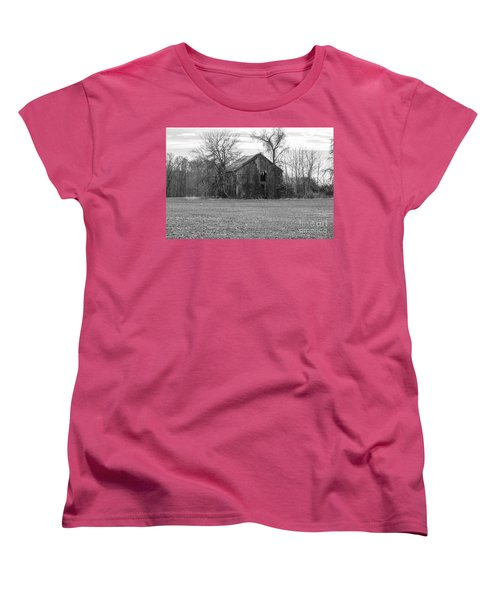 Women's T-Shirt (Standard Cut) featuring the photograph Old Barn by Charles Kraus