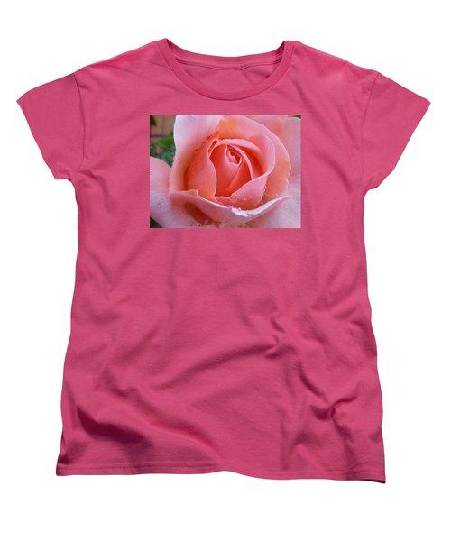 Women's T-Shirt (Standard Cut) featuring the photograph Rose In The Rain by Lingfai Leung