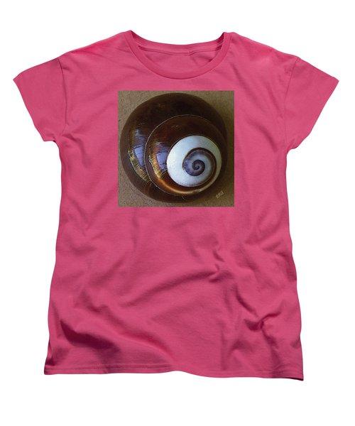 Seashells Spectacular No 26 Women's T-Shirt (Standard Cut) by Ben and Raisa Gertsberg